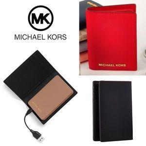 🆕📱 Phone Charging Wallet MICHAEL KORS Red